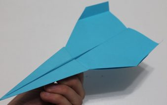 Comment faire un avion en papier qui vole longtemps ?